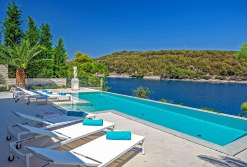 The top 5 luxury villas for 2019