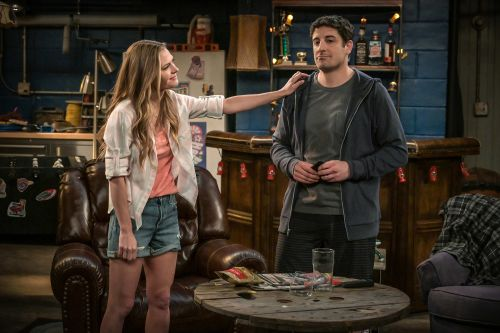 Jason Biggs new Fox sitcom 'Outmatched' is lousy, but these other shows aren't