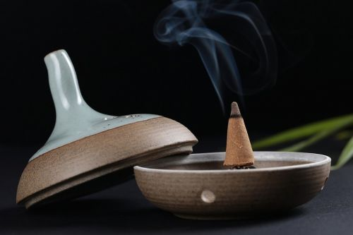 A Beginner's Guide to Buying and Burning Incense