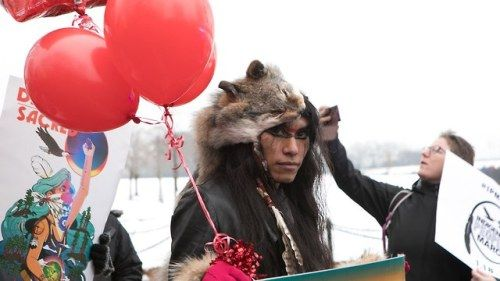 Powerful Photos From the Indigenous Peoples March on