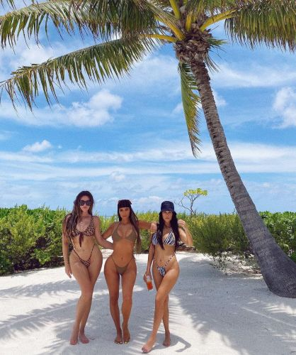 Kim, Kourtney and Khloe Kardashian Show Off Incredible Bikini Bodies During Tahiti Trip