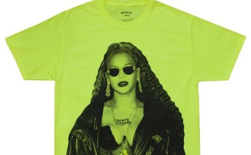 Beyonce unveils line of holiday-themed merchandise