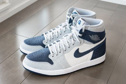 Georgetown Hoyas Get Luxurious Air Jordan 1 PE