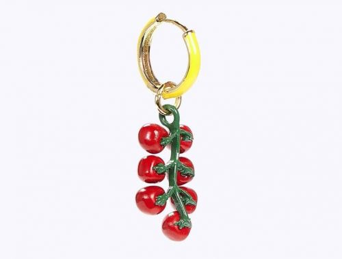 This Tomato Dangle Earring Is a Delicious New Addition to Alyssa's Summer Wardrobe