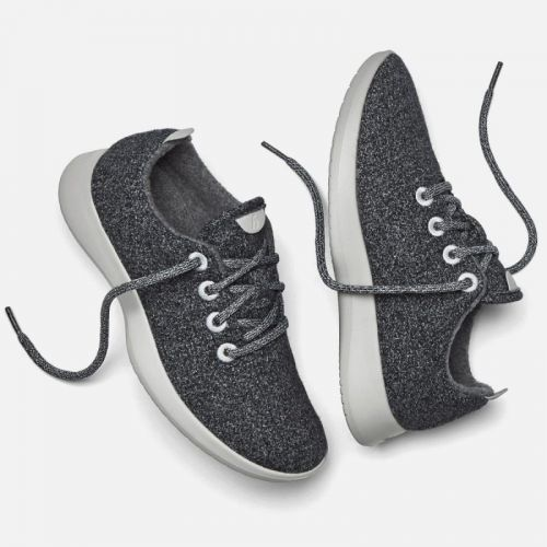 6 Sneakers That Are Great For Your Feet