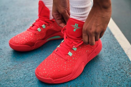 Jeremy Lin Drops First Ever Signature Shoe with Xtep