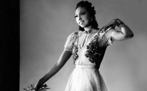 Great Outfits in Fashion History: Josephine Baker in a Glam Dress With a Bunch of Cookies