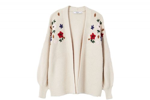 Granny sweaters are cool now