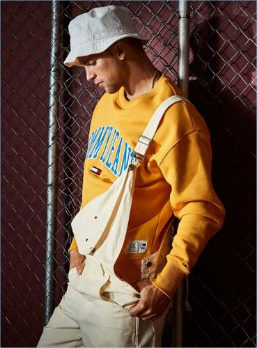 Brooklyn 90: River Viiperi Rocks Tommy Jeans for Simons