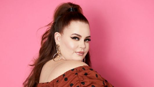 Tess Holliday Walks Away From 'Things' That 'No Longer Serve' Her in Sassy Instagram Vid