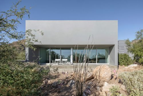 The Canyon House Blends Perfectly Into Its Desert Surroundings