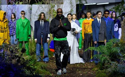 Louis Vuitton's Abloh makes suit and tie street on Paris catwalk