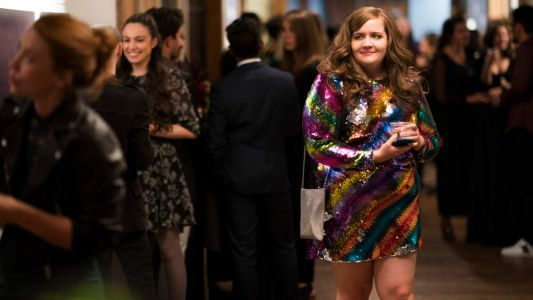 """Aidy Bryant's Character Expresses Growing Self-Confidence With Savage X Fenty and More in New Hulu Series """"Shrill"""""""