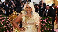 Mindy Kaling's Style Evolution, From Budding Writer To Showrunner