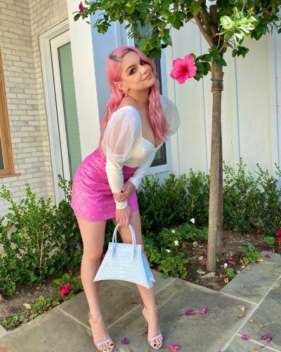 Ariel Winter Looks Like a 'Cotton Candy' Dream While Rocking Pink Hair and Full Glam