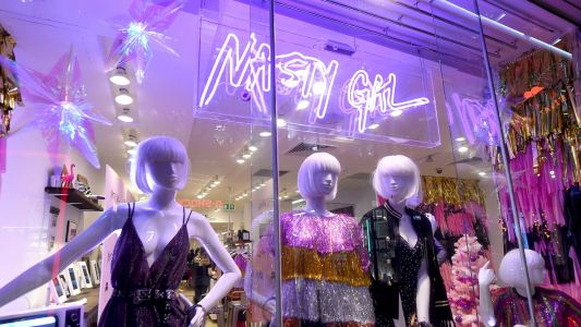 Nasty Gal Ads Banned in U.K. for Using Models Who Appeared 'Unhealthily Underweight'
