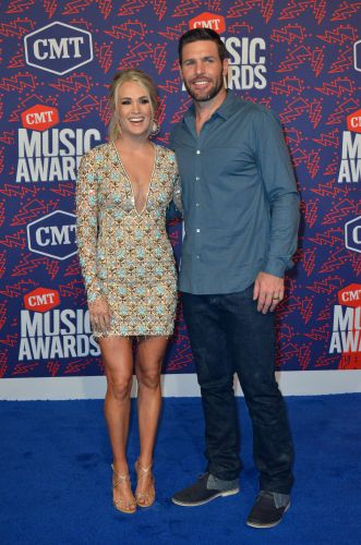 Carrie Underwood Gushes Over Her 'Handsome' Hubby Mike Fisher on 11-Year Anniversary