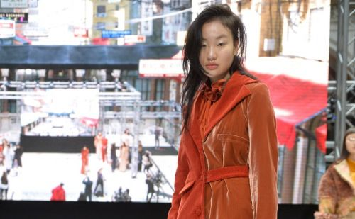Steven Tai hosts London Fashion Week's debut Digitally Augmented presentation for AW18