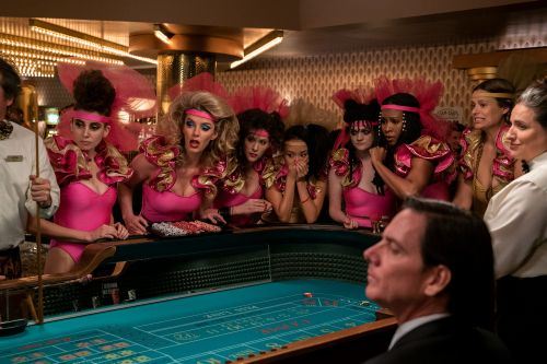 'Glow' Season 3 goes to Vegas: Here's how to get the look