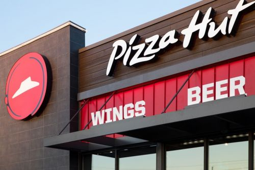 Pizza Hut Is Closing 500 Restaurants in the U.S