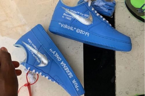 """Virgil Abloh Gifts Serena William an Early Pair of the Off-White™ x Nike Air Force 1 in """"University Blue"""""""
