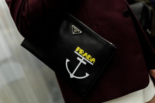 Prada's Retail Sales Rise by Nearly 10%