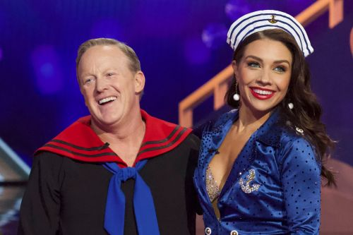 Sean Spicer booted from 'Dancing With the Stars'