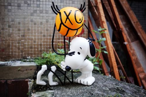 APPortfolio Enlists André Saraiva for 'Mr. A' x Peanuts Collectible Sculptures