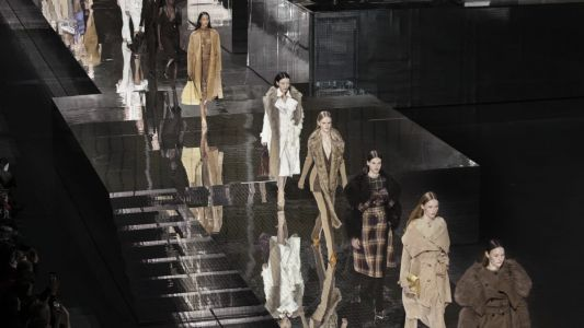 Riccardo Tisci's Nostalgia-Fueled Burberry Fall 2020 Collection Features Tartan, Duffle Coats and Shoulder Bags