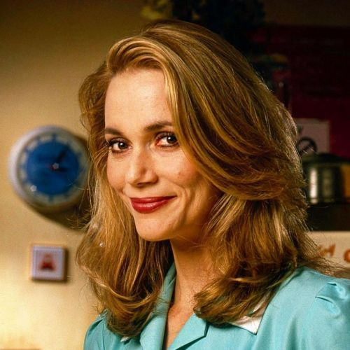 Twin Peaks actress Peggy Lipton has died