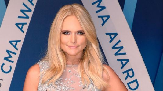 Miranda Lambert Performs Onstage for the First Time Since Revealing Her Secret Wedding!