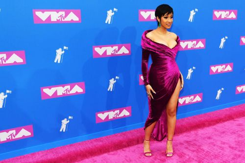 VMAs 2018: Best Red Carpet Beauty Looks