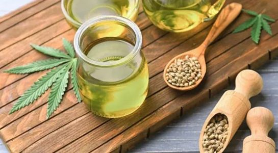 CBD oil to relax and fight stress