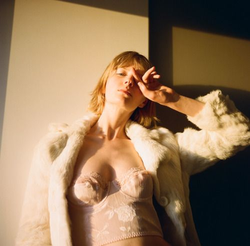 Sian Scale photographed and styled by Iro Nuts Golden Hour was