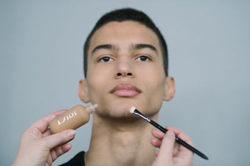 Can Men's Makeup Finally Gain Hype?
