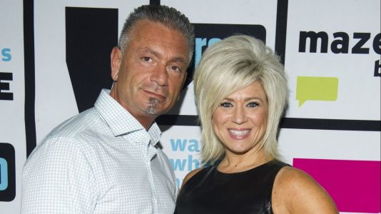 'Long Island Medium' Star Theresa Caputo's Ex Larry Gets Cozy With Her Look-Alike Following Divorce