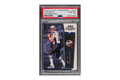 An Autographed Tom Brady Patriots Rookie Card Sells for $556,000 USD at Auction