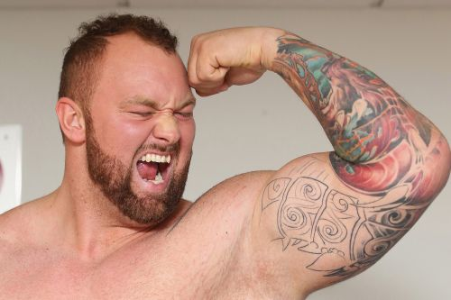 'Game of Thrones' Mountain defends his World's Strongest Man title