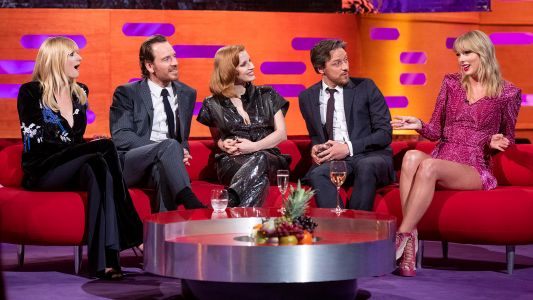 Joe Jonas' Wife Sophie Turner Hangs With His Ex Taylor Swift on 'The Graham Norton Show!'