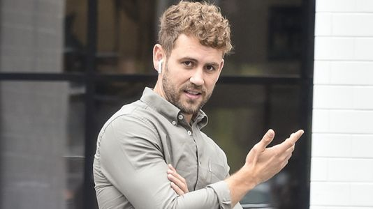 Former 'Bachelor' Star Nick Viall Bashes the Franchise While He's on a Date