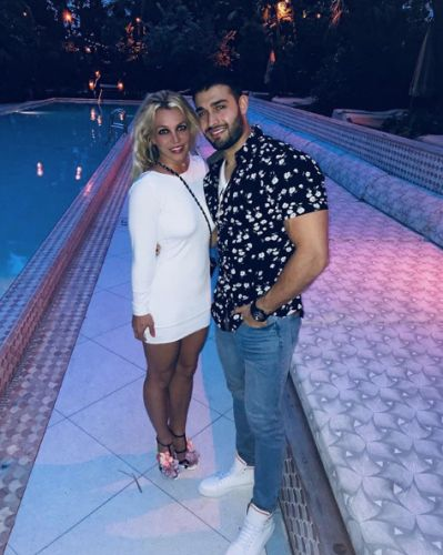 Britney Spears Posts Video Doing Gymnastics and BF Sam Asghari Is Her Greatest Supporter - Literally!