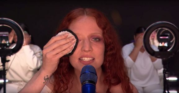 Last night the BRITs made a powerful statement about beauty standards