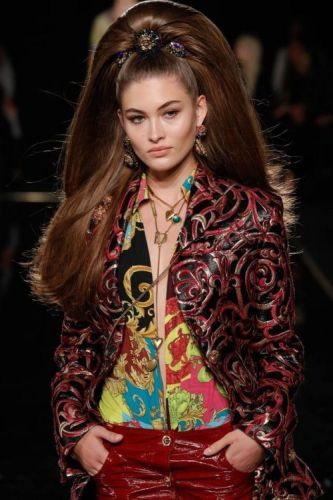 The Hair at Versace's Show Was So Big and Full of