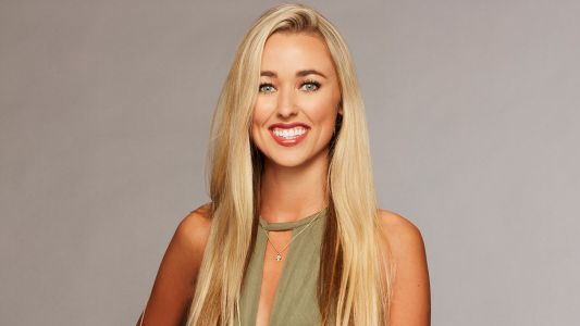 This 'Bachelor' Contestant Says She's Never Been Kissed, Maybe Colton Underwood Will Change That?