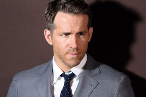 Ryan Reynolds Will Star in a Michael Bay-Directed Netflix Film