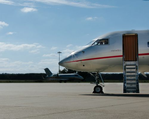 VistaJet Launches Jet-to-Yacht Service to Save Your Summer Vacation