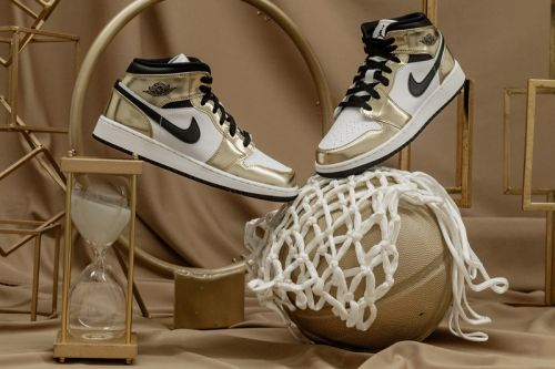 "Air Jordan 1 Mid ""Metallic Gold"" Supplies Championship-Level Style"