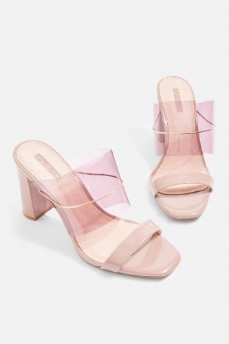 10 Pairs Of Shoes That Will Instantly Elevate Your Spring Look