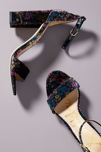 Sale Winter Heels You Definitely Need in Your Wardrobe Right Now