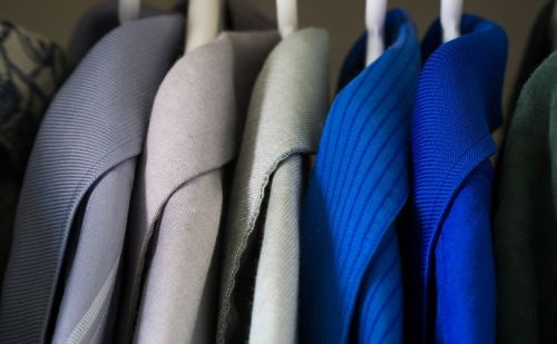 People do not wear at least 50 percent of their wardrobes, according to study